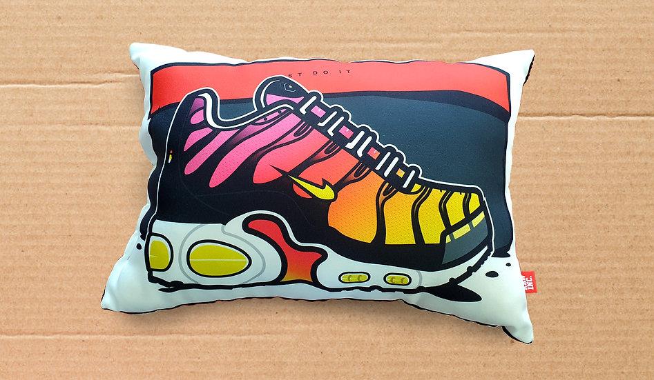 Raw / Kicks Rainbow TN Cushion