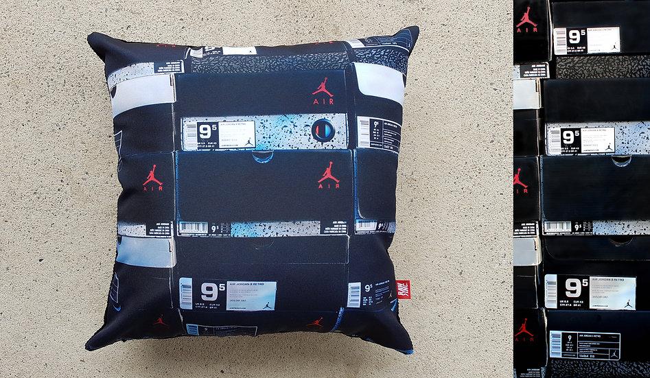 Raw Inc / Jordan Box stack 45 x 45 cm cushion