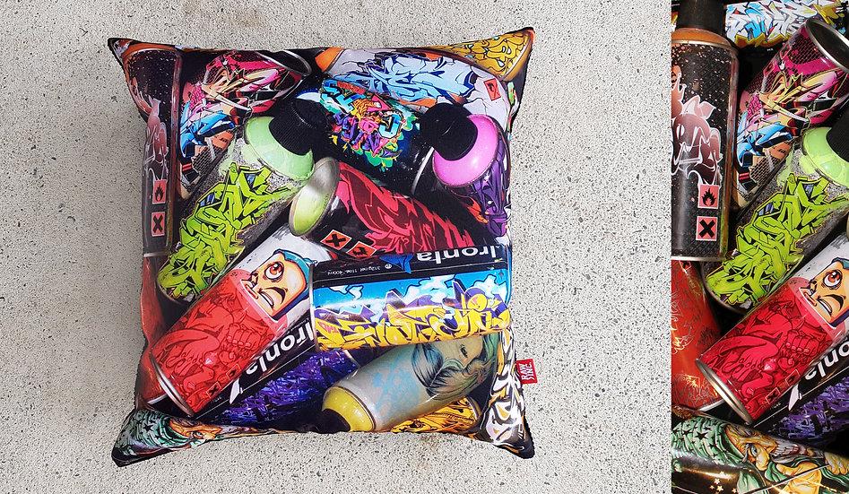 Raw Inc / Lak series 45x45cm cushion