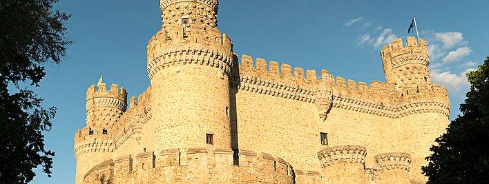 castillo-manzanares-hf-nov-2018-art.jpg