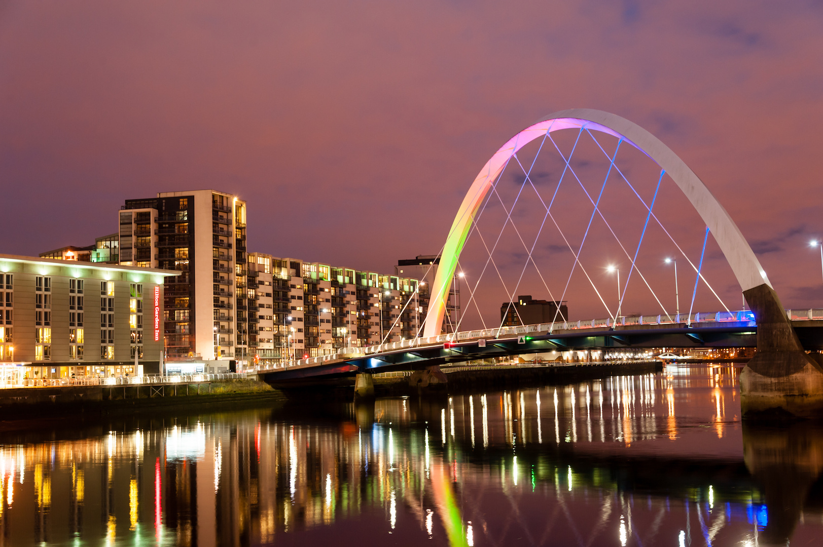 Glasgow Tours - Squinty Bridge Night