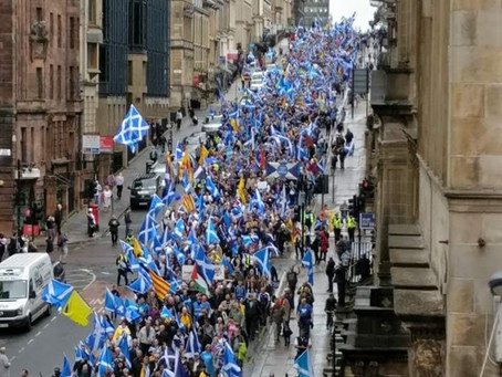 Crowds Gather in George Square