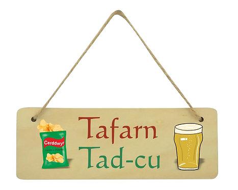 Arwydd Tafarn Tad-cu/Taid/Dad