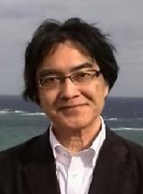 平良先生ショット.png