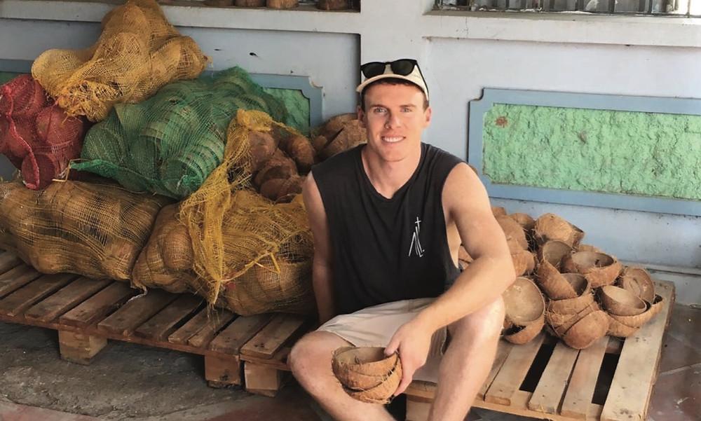 A Coconut Bowls alapítója