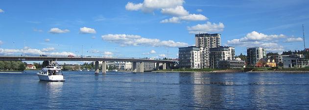Joensuu_Pielisjoki_riverside_1.jpg
