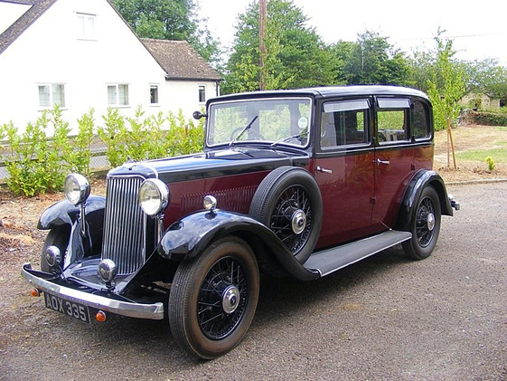 1934 17hp Burlington saloon.
