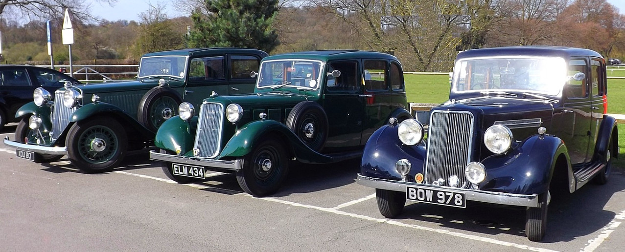 1938 14hp, in the centre, looking much like the 16hp on its right. The car on the left is a 1934 Siddeley Special Sports Saloon.