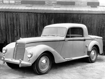 The Utility's were based on the16/18hp cars. They came in two models, a utility and a Station Coupe. This is a station coupe.