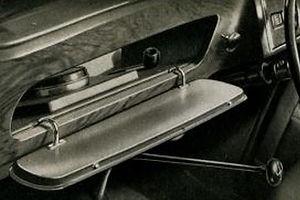 Glove Box (3).JPG