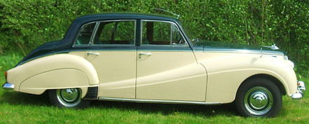 The Star had the 346 engine up rated to 4 litres, power assisted disc brakes and automatic gearbox.