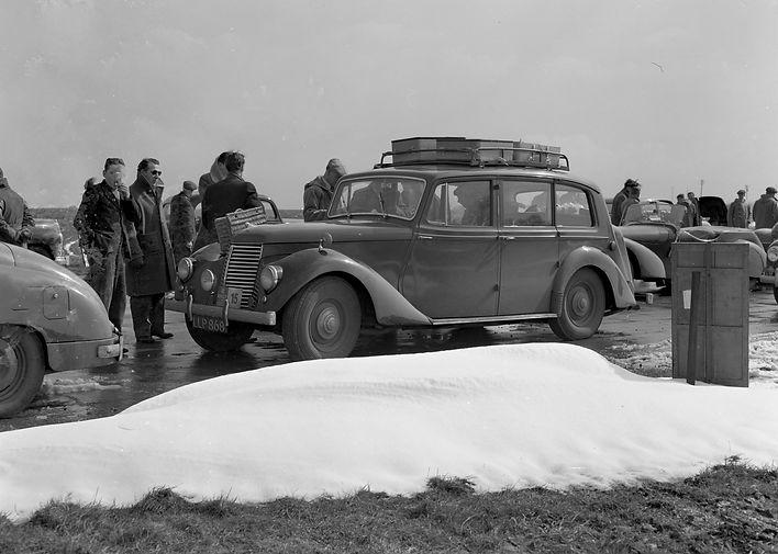Armstrong Siddeley on the 1952 RAC rally