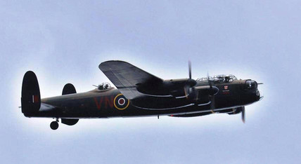 A fitting end to the day with the fly past of an Avro Lancaster bomber. Avro was brough into the Armstrong Siddeley group of companies in 1928. The compant went on to make this illustrious aircraft of which 1,00? were built in Armstrrong Siddeley.