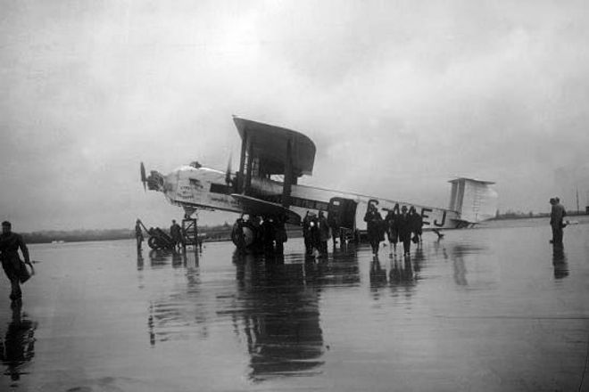 Armstrong Whitworth Argosy.jpg