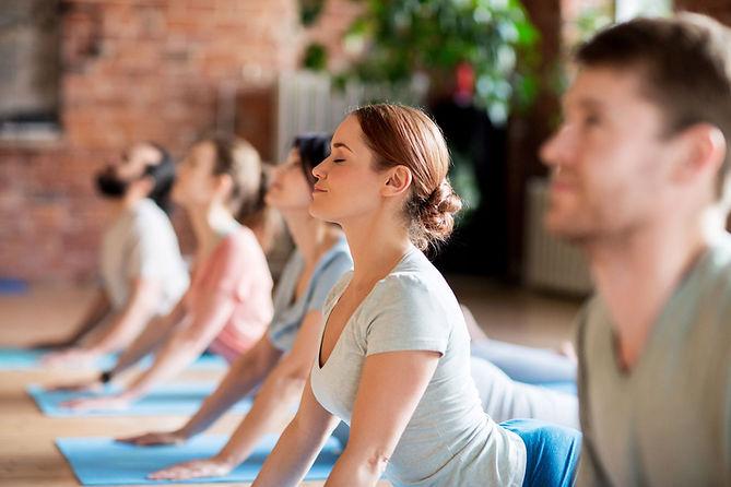 cours-yoga-saint-genis-laval.jpeg
