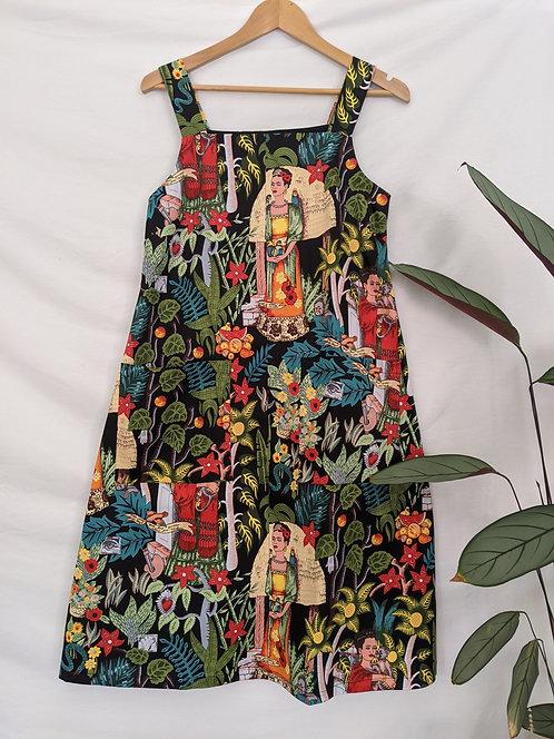 MiM Melbourne  Frida Pocket Pinnie