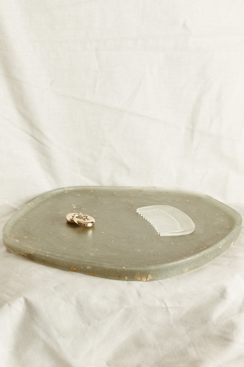 THE CURVED TRAY #2