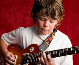 курсы игры на гитаре, уроки гитары, курсы гитары для взрослых, курсы гитары для детей, курсы гитары для начинающих, хобби
