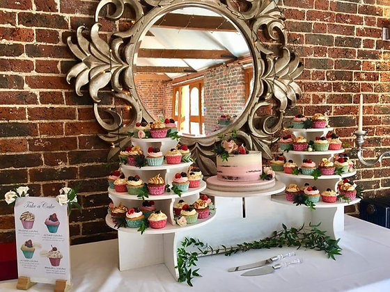 Cake stand and display