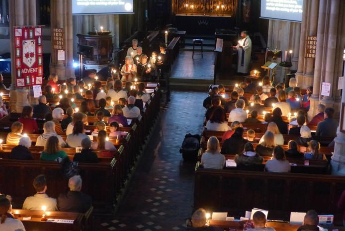 Christingle Tring Church 03.JPG