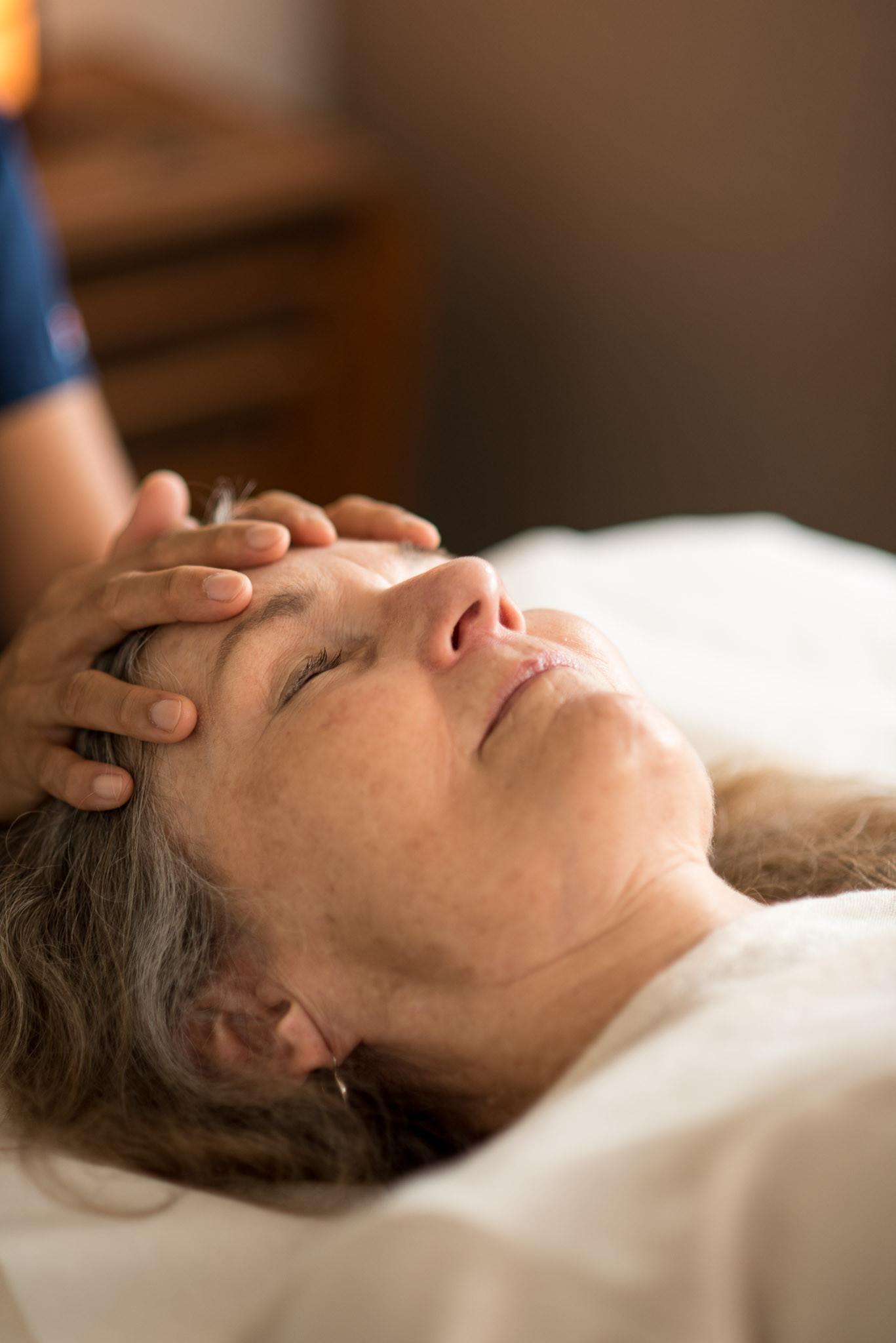 Craniosacral Therapy- 100 min