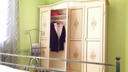 wardrobe in bedroom I