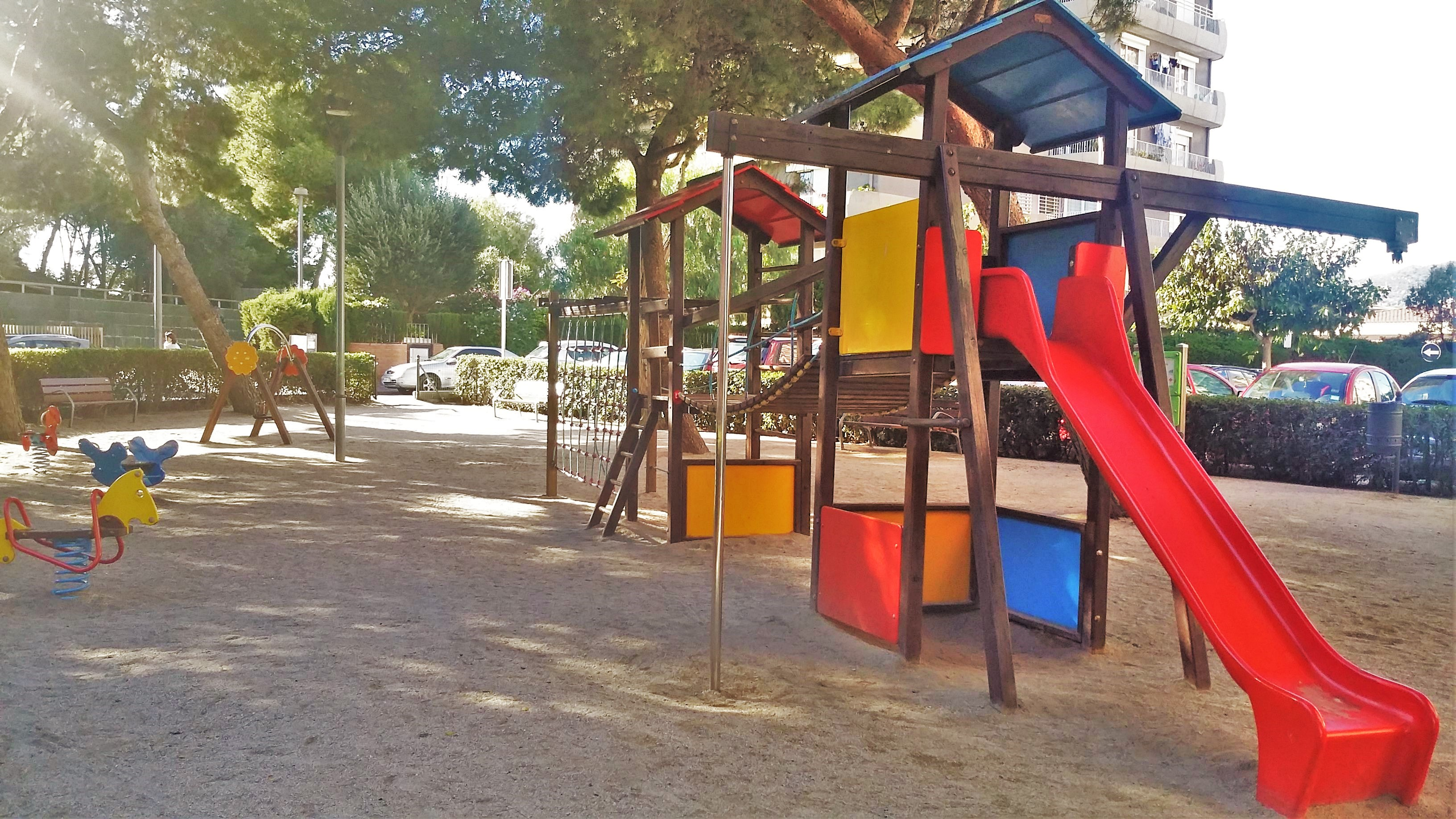 childrens´s playground close to the
