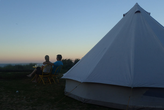 Glamping and watching the sunset together is one of the most romantic things to do in Melbourne!