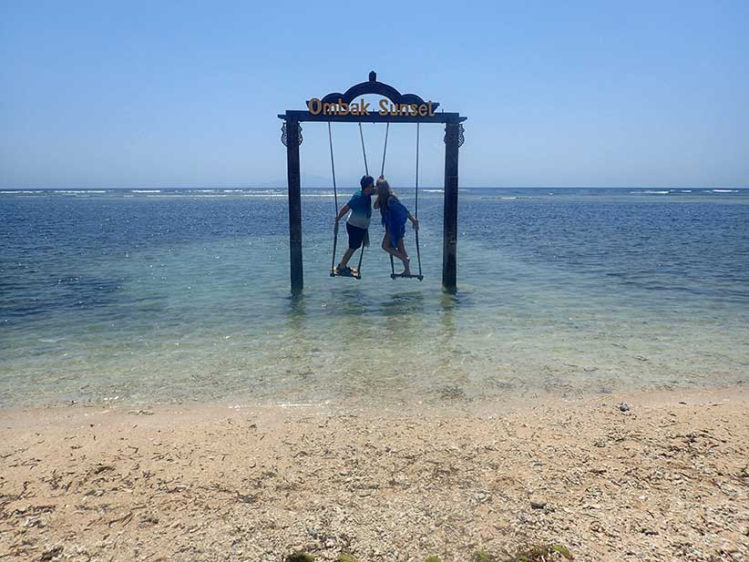RomanticExplorers_GiliIslands06_Swings