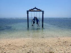 RomanticExplorers_GiliIslands06_Swings