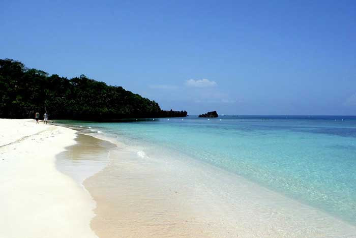 Beautiful blue beaches  - Roatán, Honduras