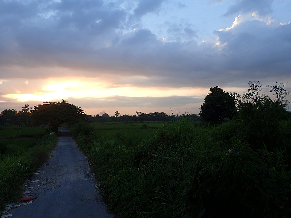 Beautiful sunset during the romantic cycling tour.