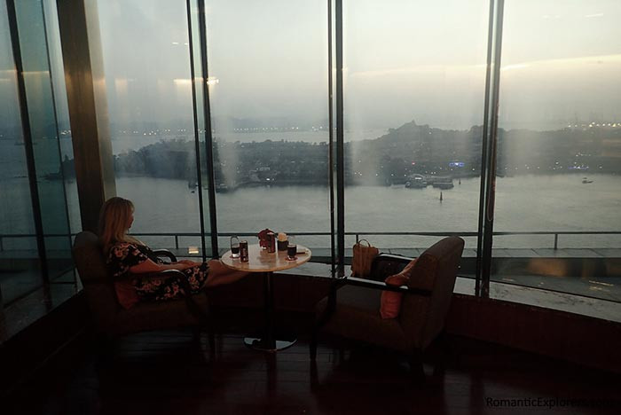 Romantic accommodation Swiss Grand Xiamen has an executive lounge with incredible views.