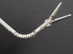 Single port surgical robot