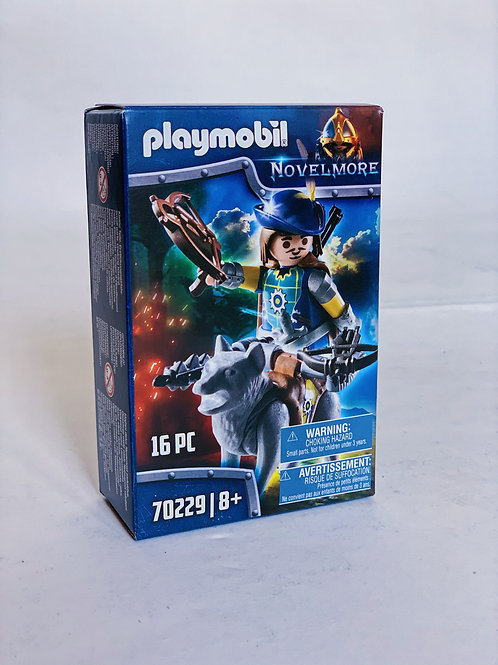 Crossbowman with Wolf Playmobil Novelmore