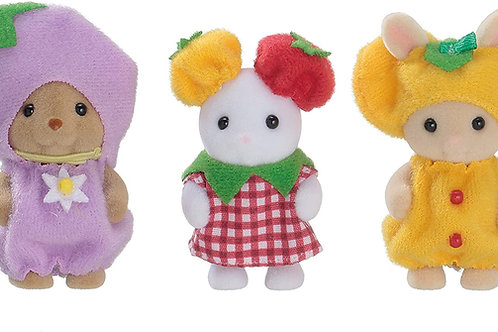 Calico Critters Veggie Babies, Limited Edition Playset with 3 Collectible Figure