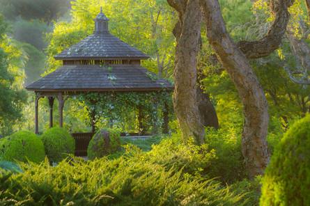 Luxury Garden Pagoda