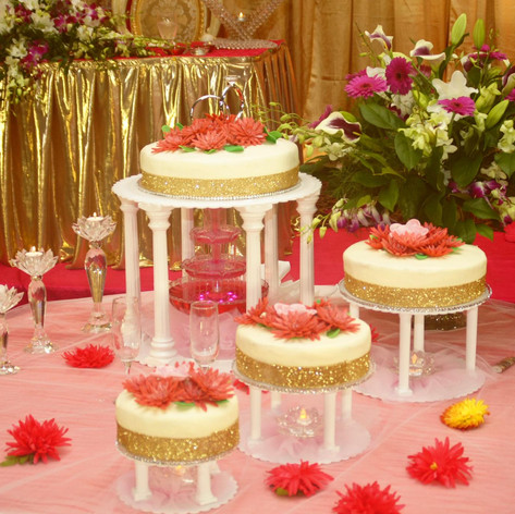 Tower Stand Wedding Cakes