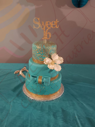 Sweet 16 Ribbon Cake