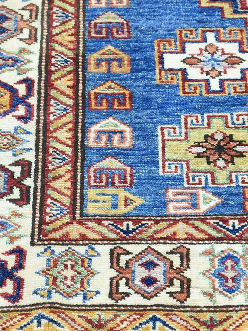 Rankų darbo kilimas Kazak