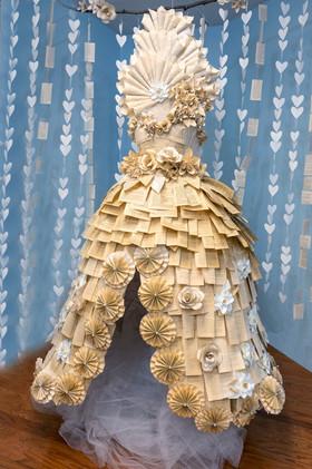 paperdress-02a.jpg