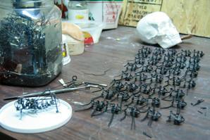 Production à la chaîne de sauterelles