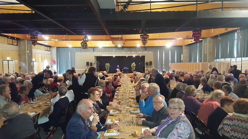 300 convives venus déjeuner entre amis et danser avec JUKEBOX...que du bonheur
