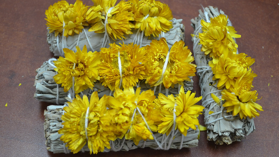 4 Pcs White Sage + Yellow Strawflower Sage Bundles Smudge
