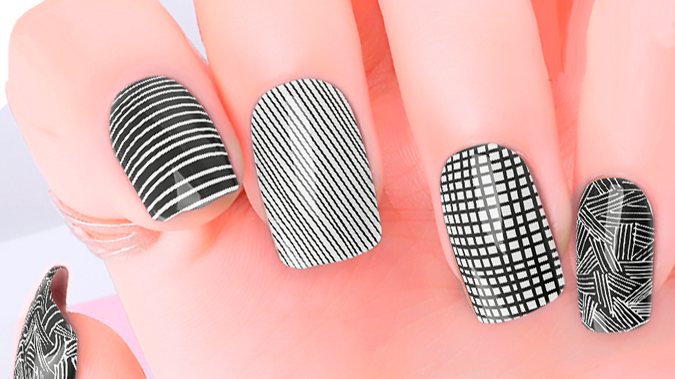 Lines Drawn Nail Wraps