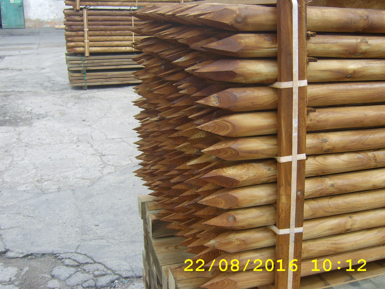 premium-gartenholz-12