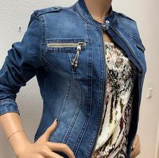 Geisha: jeansjasje