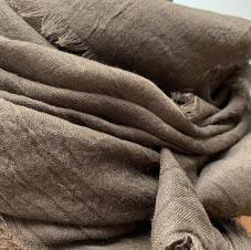 Sjaal: donker bruin
