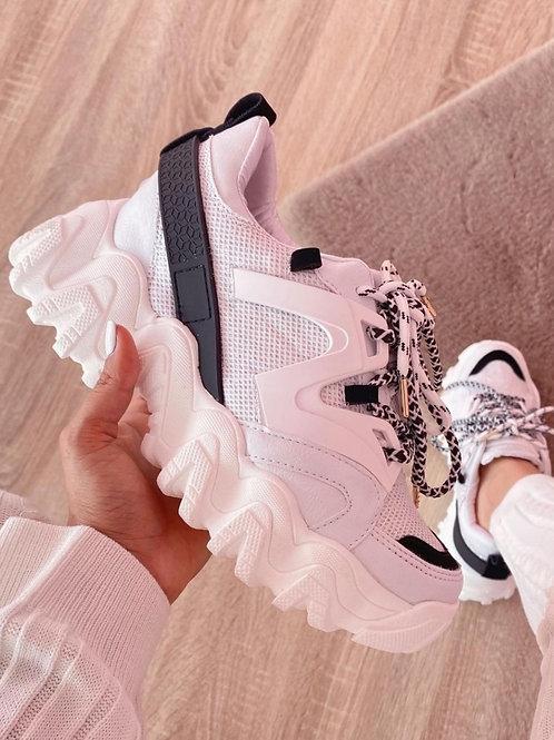 Sneakers Black & White.