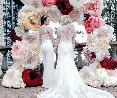 vancouver wedding flower arch